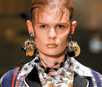 Цветная революция: какие тенденции макияжа?