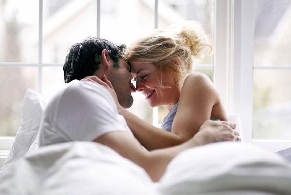 imennie-eroticheskie-poslaniya-dlya-muzhchini