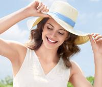 10 бьюти-средств, которые нужно взять с собой в отпуск