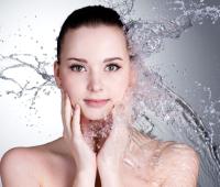 Как ухаживать за кожей летом: советы профессионала