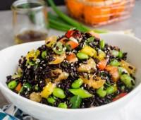 Салат с авокадо, коричневого риса и грейпфрута